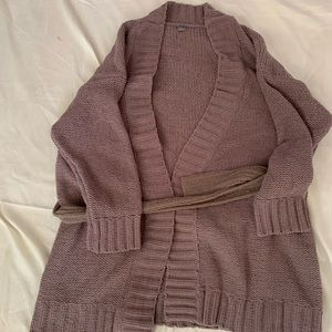 Aerie grayish sweater with belt